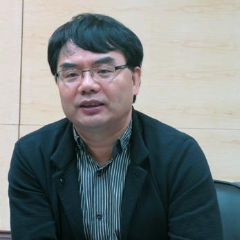 中国卫星导航定位协会常务副会长苗前军(资料图)