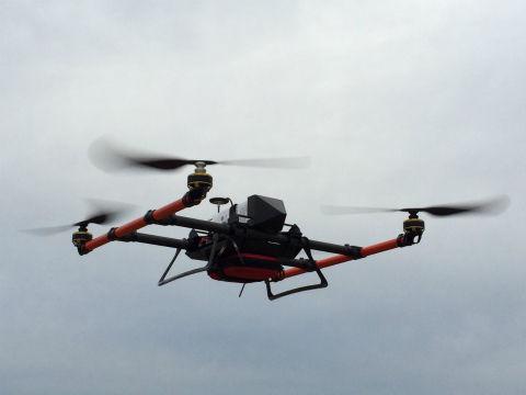 日本无人机送货实验成功 空中宅急送更进一步