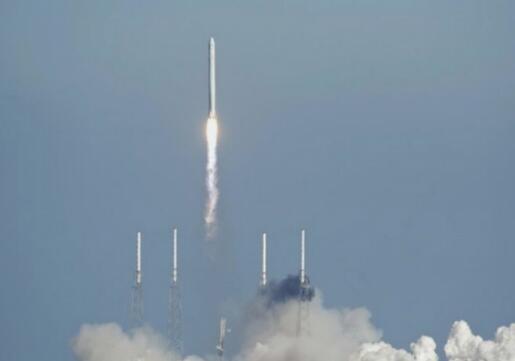 周二再发射一颗通信卫星 猎鹰9火箭迎来第50次发射