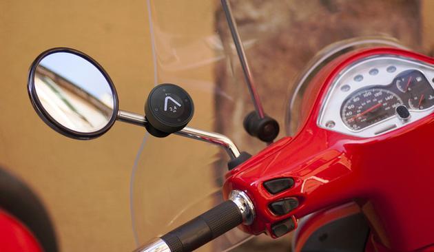 超迷你导航系统让摩托骑士不再迷失方向
