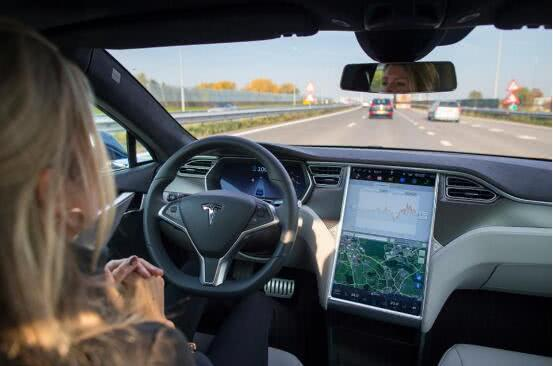 埃隆·马斯克证实 特斯拉将在2019年实现全自动驾驶汽车上路