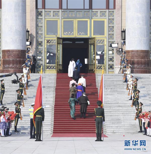 (时政)(4)国家勋章和国家荣誉称号颁授仪式在京举行